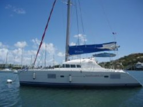 Preowned Sail Catamarans for Sale 2005 Lagoon 410 Boat Highlights